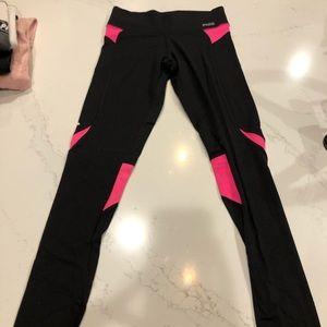 Victoria's Secret Pink color block leggings